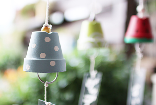 Mini flowerpot wind chimes