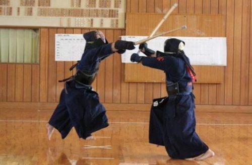 Swordsman body struggle