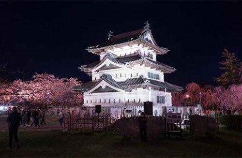 弘前城とライトアップ