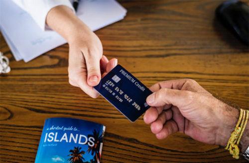 保険料はクレジットカードで