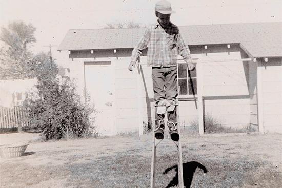 古い竹馬の写真