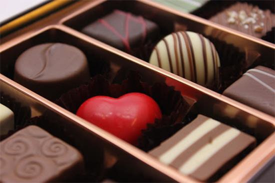 バレンタインはなぜチョコを贈るの?