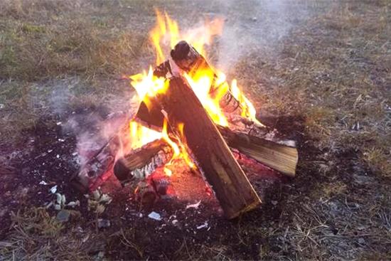 焚き逃げと燃やしてはいけないもの