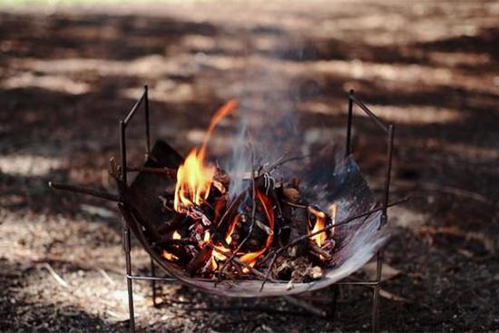 庭や河原で焚き火をするには