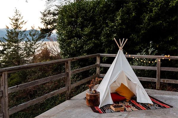 キャンプで使うテントの虫よけ対策どうしてる?