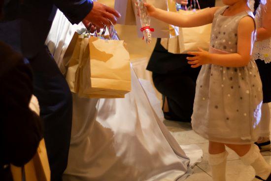 結婚式の子ども